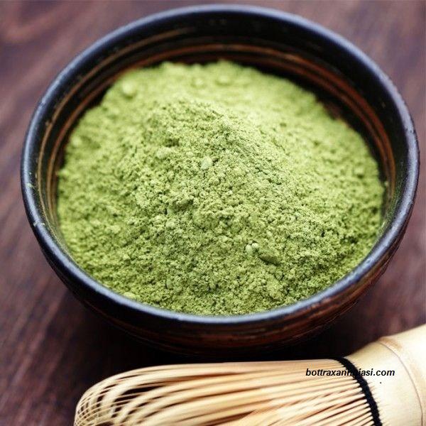 Bột trà xanh đã được nghiền nhuyễn thành dạng bột mịn