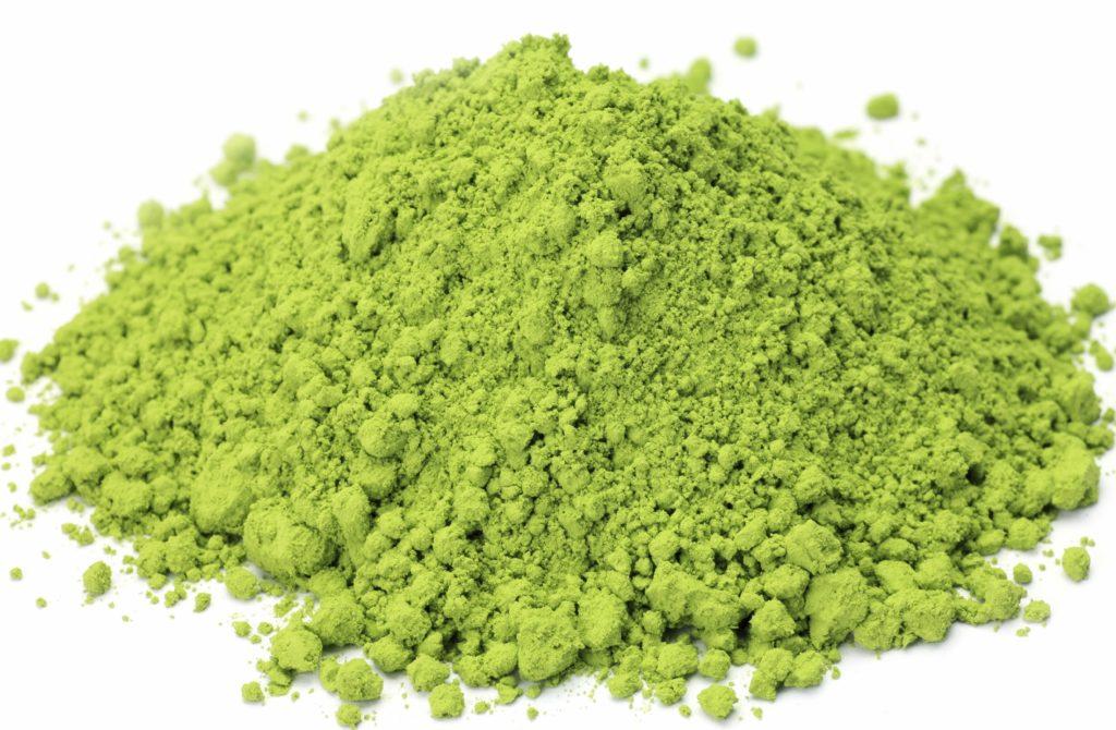 Bột trà xanh nguyên liệu tốt nên dùng trong chế biến món ăn và làm đẹp